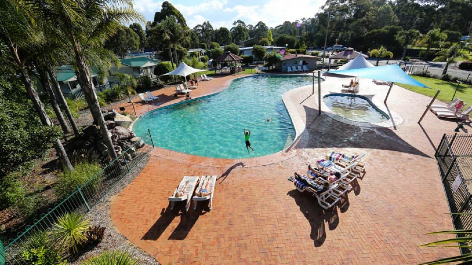 Things to see and do for Eden Holiday & Caravan Park, South