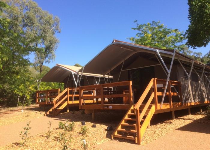 Previous & Deluxe Safari Tent (Sleeps 6) - Dubbo Caravan Park