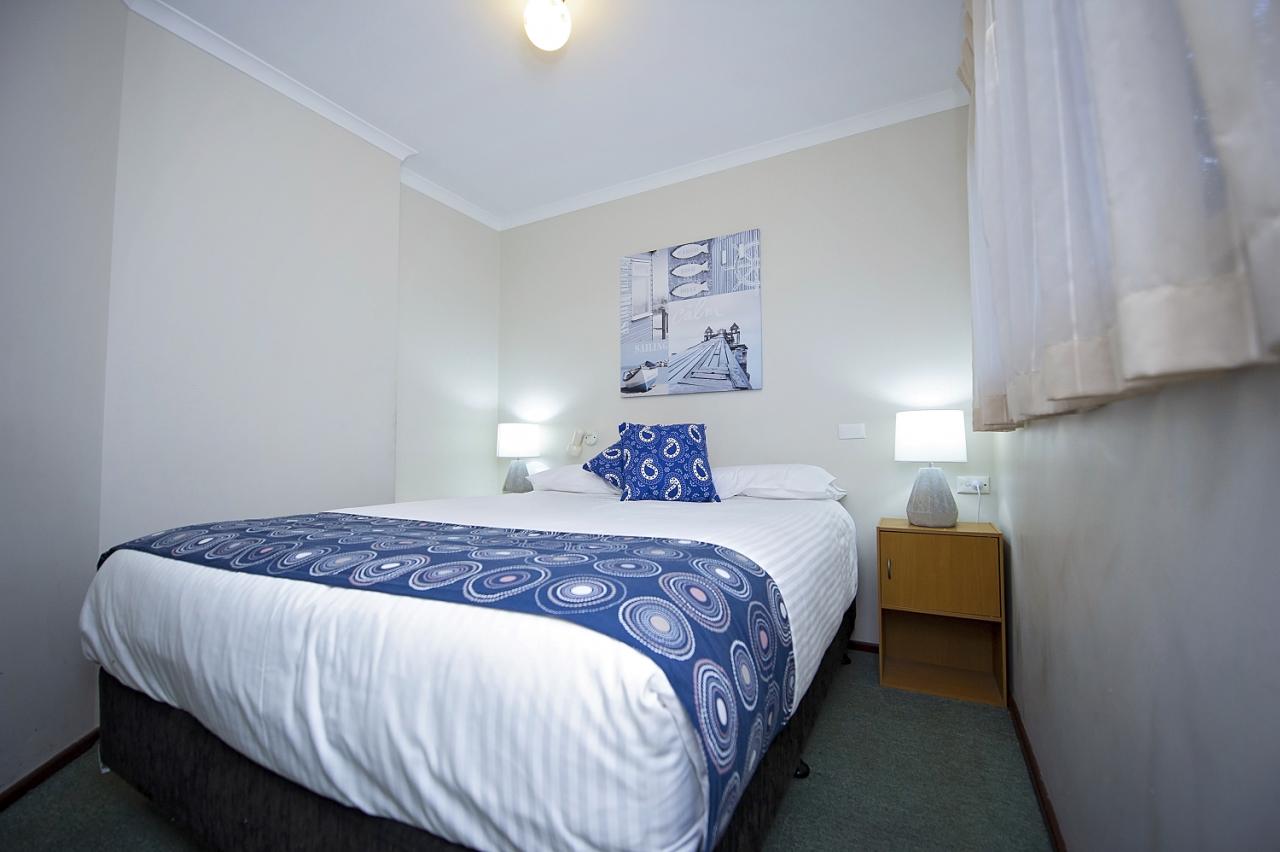 Standard 1 Bedroom Pet Friendly Cabin Woodman Point