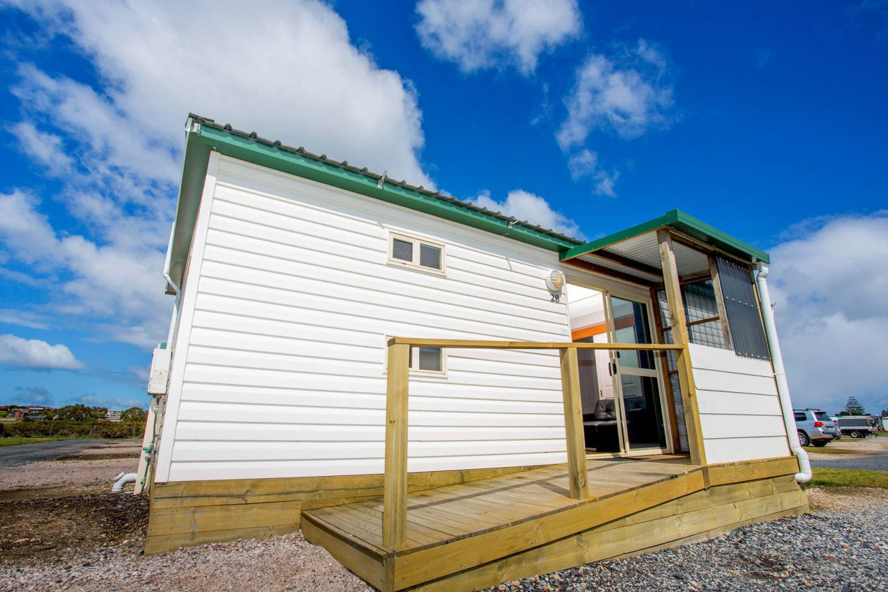 Standard Cabin Sleeps 6 Devonport Holiday Amp Caravan Park